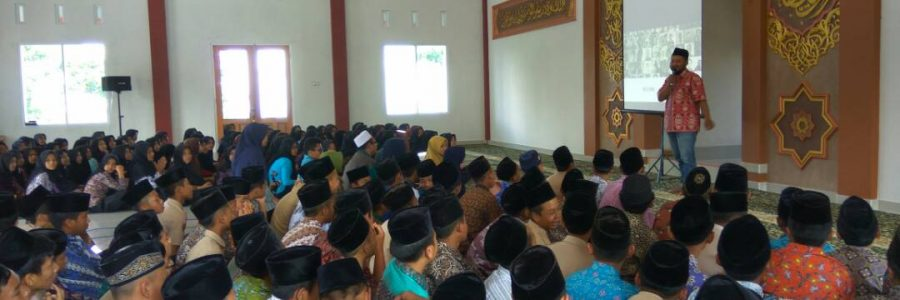 #WMGoesToSchool : Wonosobo Muda Berbagi Semangat di SMP Alfa Ali Masykur